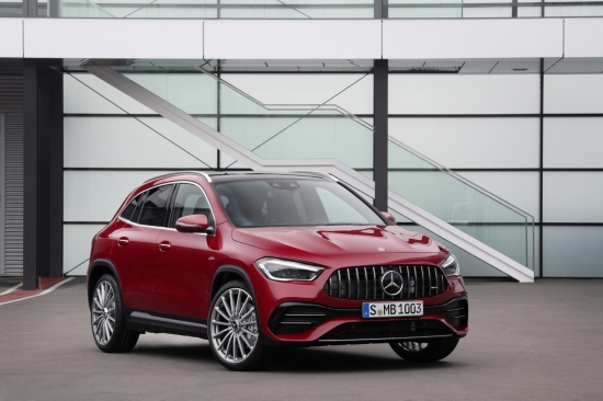 The AMG family of models is gaining strength! Mercedes-AMG GLA 4MATIC 35 is attached to the proposal