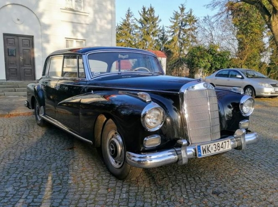 Government Mercedes-Benz 300D Adenauer. Known price
